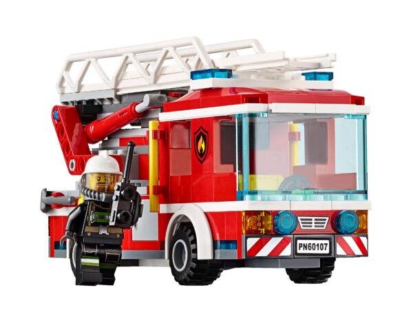 Lego City 60107 | Feuerwehrfahrzeug mit fahrbarer Leiter | 4
