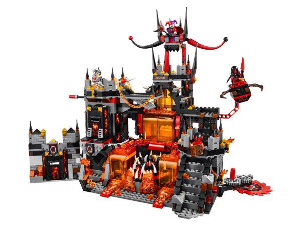 Lego Nexo Knights 70323   Jestros Vulkanfestung   4