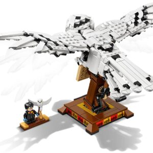 LEGO® Harry Potter Hedwig™ 75979   5