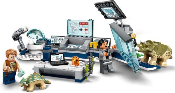 LEGO® Jurassic World Dr. Wus Labor: Ausbruch der Baby-Dinosaurier 75939 | 5